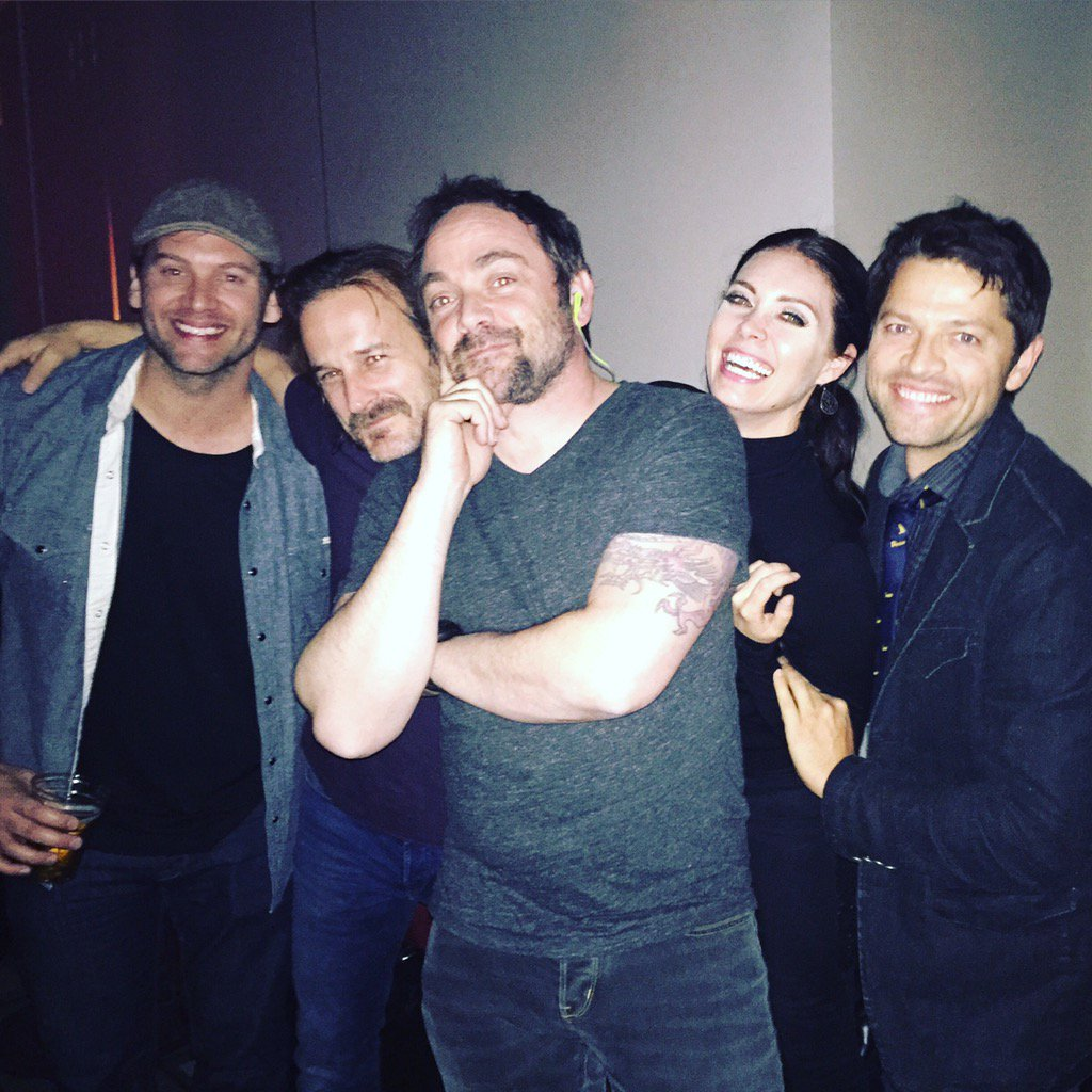#Fam  ❤️@jasonmanns @dicksp8jr @Mark_Sheppard @mishacollins ❤️ https://t.co/3WbmVlZOPe