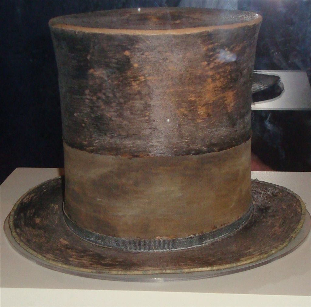 History In Pictures On Twitter Quot Top Hat Worn By Abraham