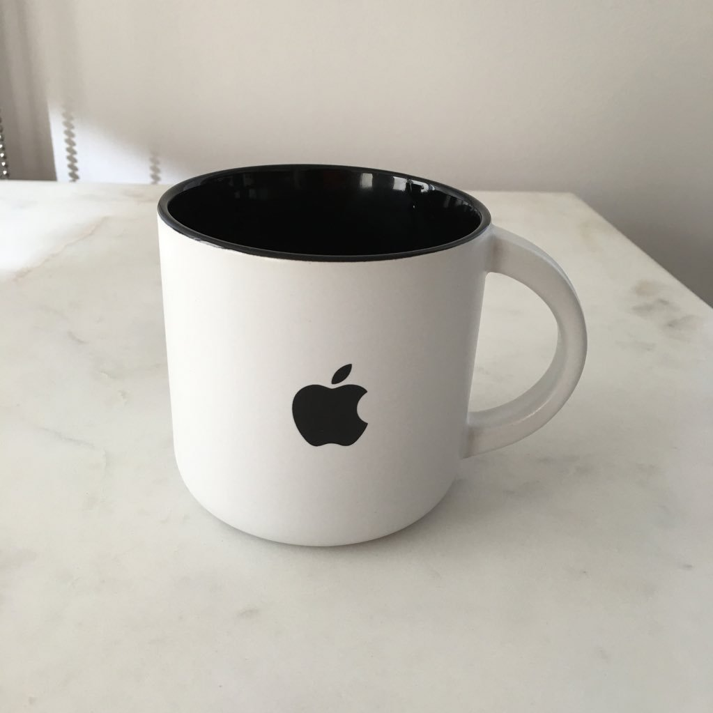 This mug keeps asking me for my iCloud password. https://t.co/iDtVicixgP
