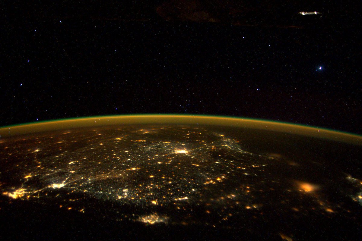 Day 233. Once upon a #star over Southern India. #GoodNight from @space_station! #YearInSpace https://t.co/ipT4AsDDir