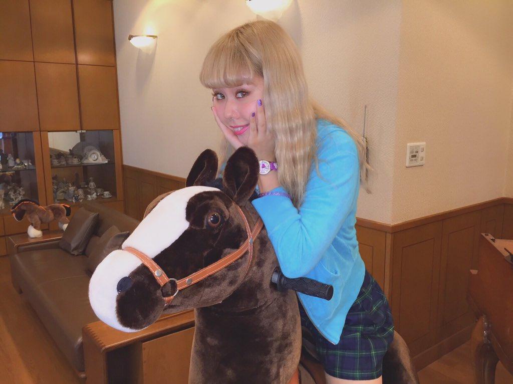 オクヒラテツコ馬