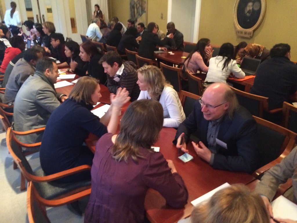 Intense speed dating now between ya members (pic) 7 min. to come up w. idea or common proj. #yawwm15 https://t.co/9a3ApaoEgR