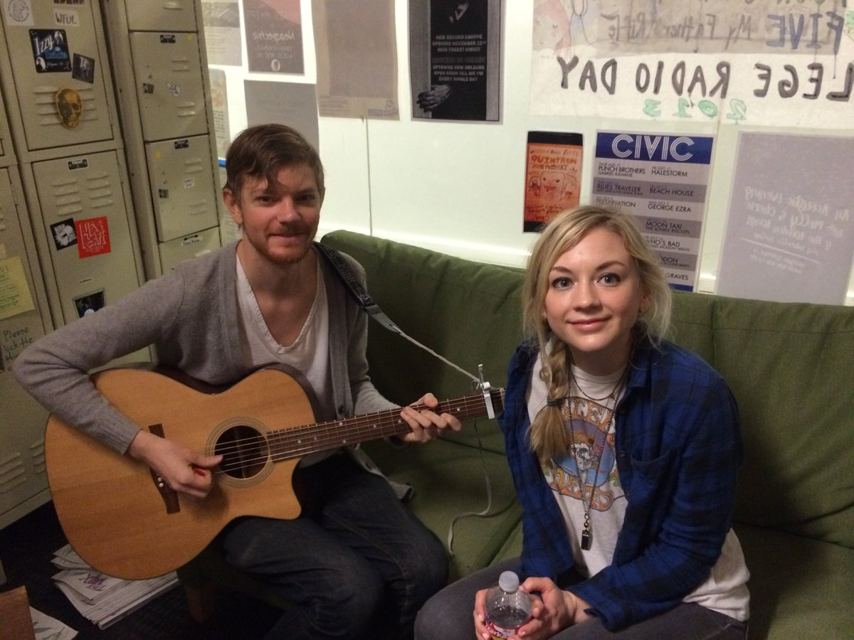 Emily Kinney from The Walking Dead is in the station now. See her tonight @ Civic Theatre! https://t.co/gjN51HEyiP https://t.co/OaBmP3gJQK