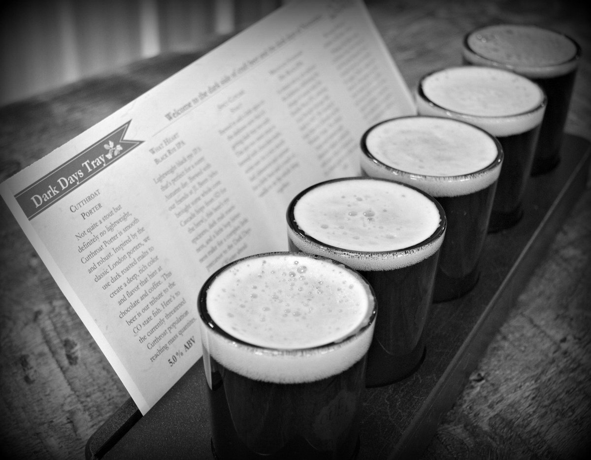 Colder days call for darker beers. Re-tweet if you're ready for dark beers... #craftbeer https://t.co/pBr9CPcEFn