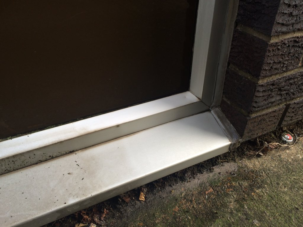 Cleaning Anodised Aluminium Window Frames - Frame Design & Reviews ✓