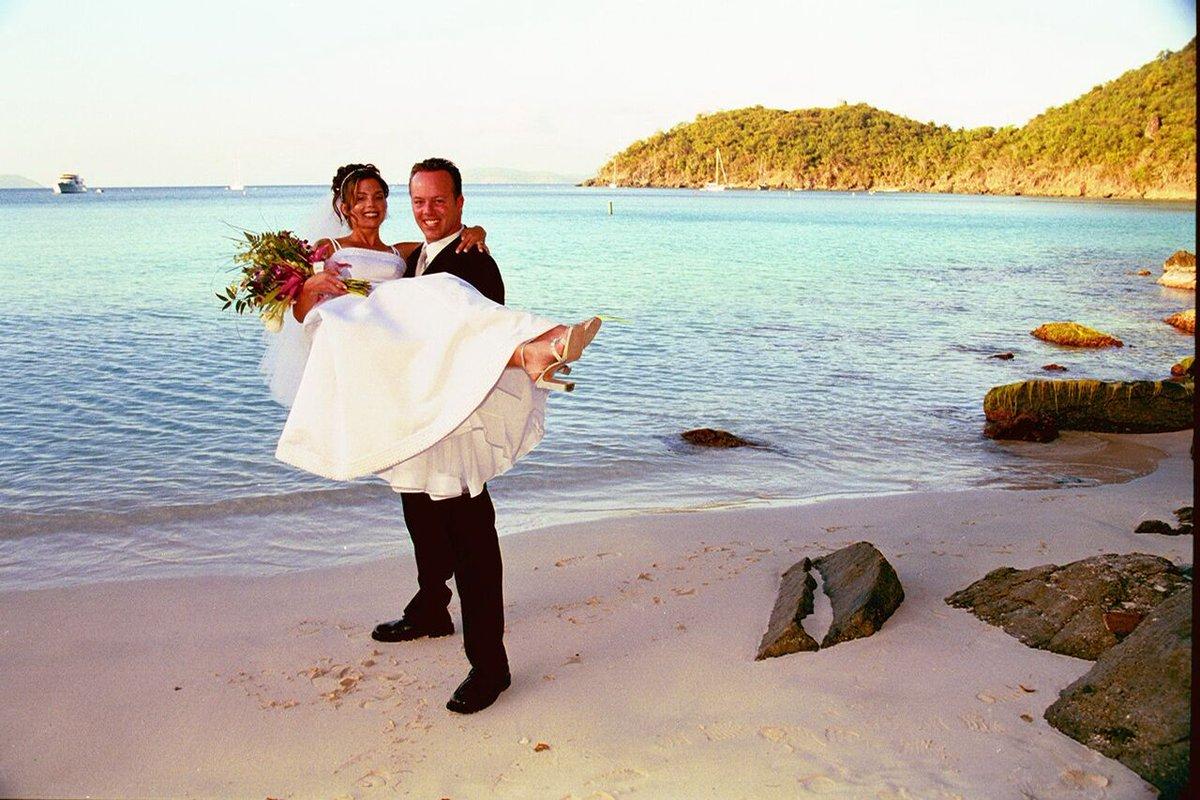 Scott Yancey On Twitter Our Wedding Day In Saint John Beach Throwback Hilyeverafter Https T Co Rgaq7zc3lr