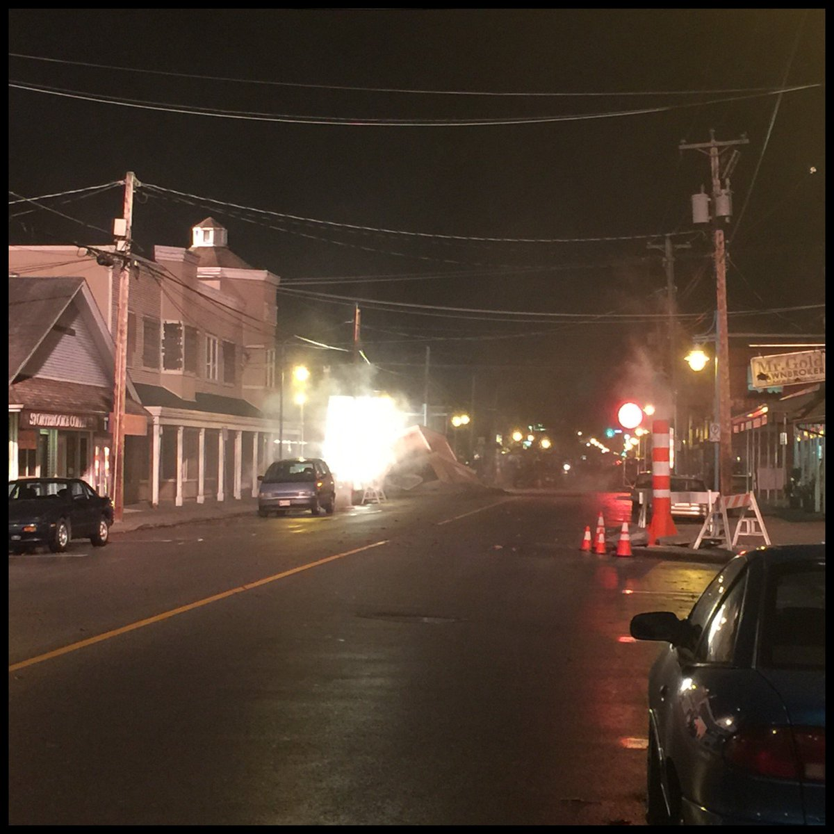 #OUaT filming once again in #Steveston. This time with smoke machines! #OnceUponATime https://t.co/Mu7e8SyOO4 https://t.co/r1ACmXqnD9