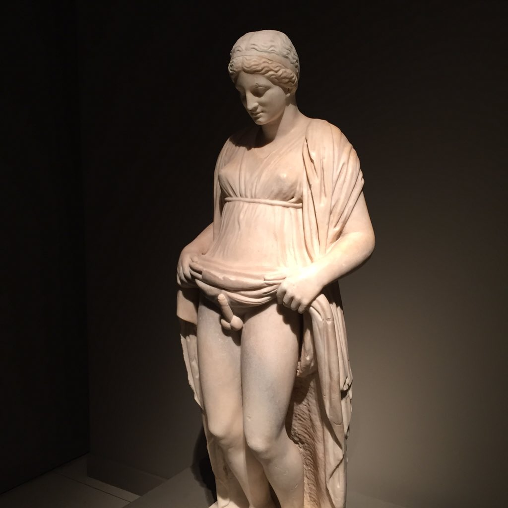 women-hermafrodita-naked-bosnians-porn