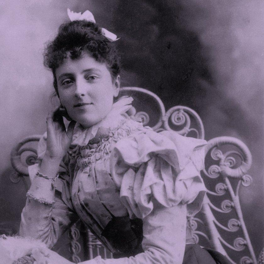 Nella foto Lucy Maud Montgomery.
