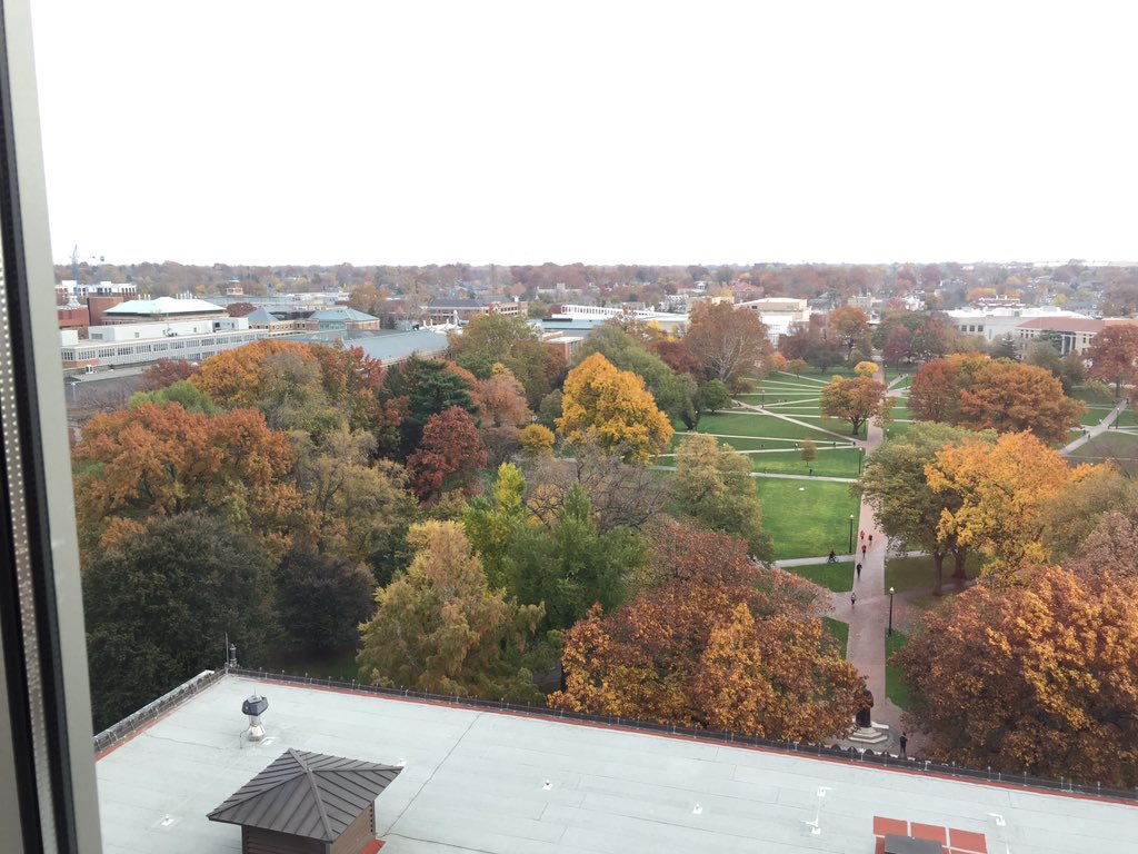 Amazing fall color at OSU #TM2015 before #aasl2015 opening today https://t.co/GdV6IKLuOD