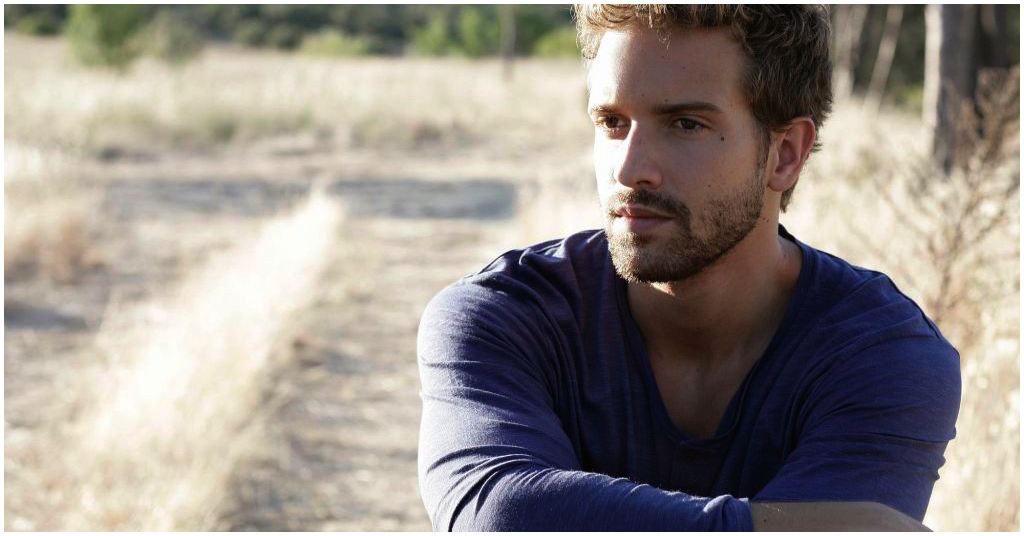 TONIGHT — *SOLD OUT* @PabloAlboran! Doors: 7P. More info at https://t.co/xjjIIbZtVi https://t.co/TfDcu1gOGD