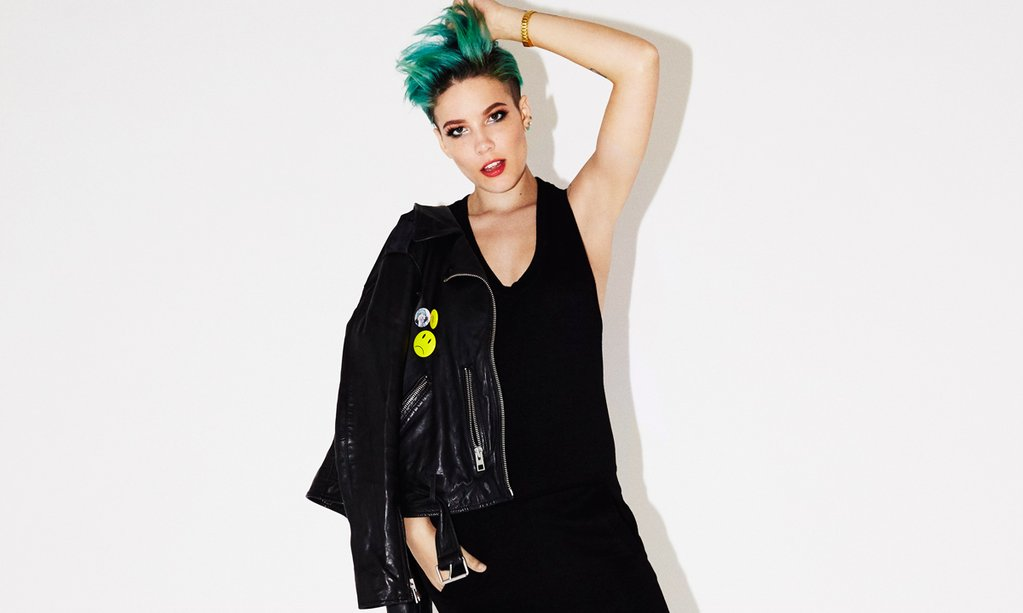I interviewed Halsey. She talked a lot. https://t.co/ausU15BpMs https://t.co/FNymCPOUYc