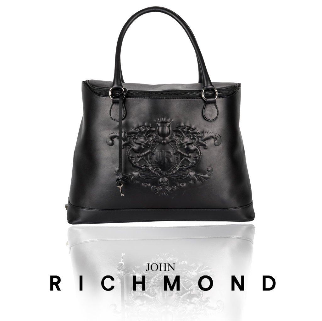 #johnrichmondofficial #bag #crest #jr #johnrchmond #fashion #fw1516 #accessories #balck #glamour https://t.co/2QADhLBOQ3