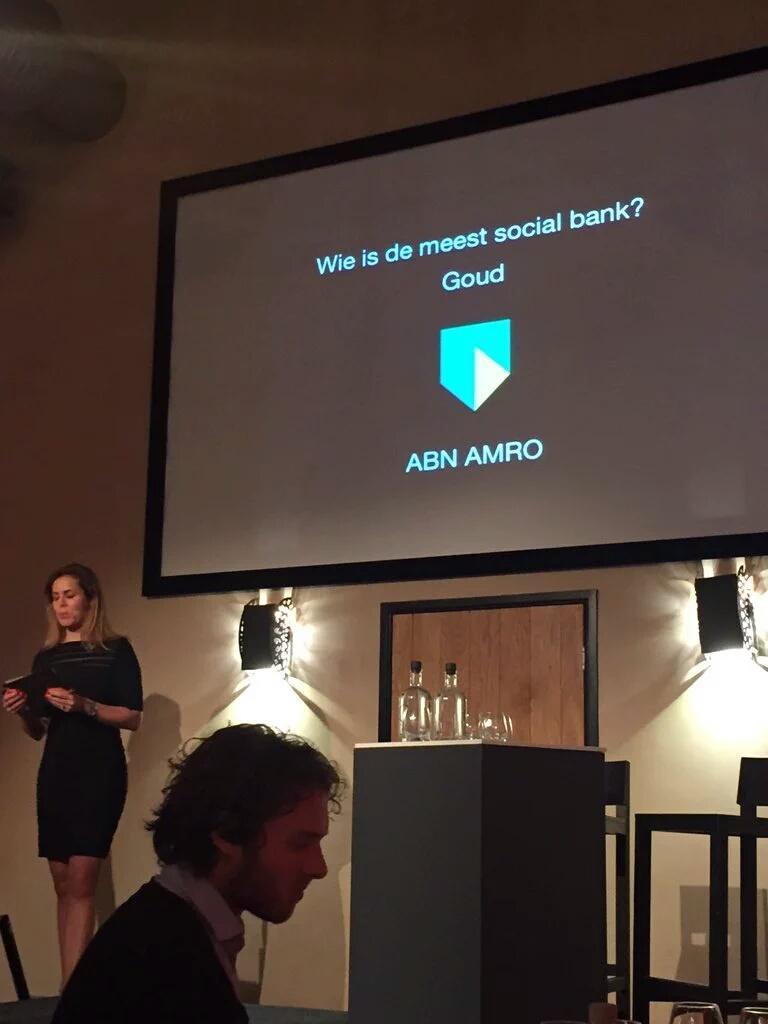 Trots!!! @ABNAMRO meest Social bank van Nederland. #socialmedia https://t.co/wwi68UR5hg