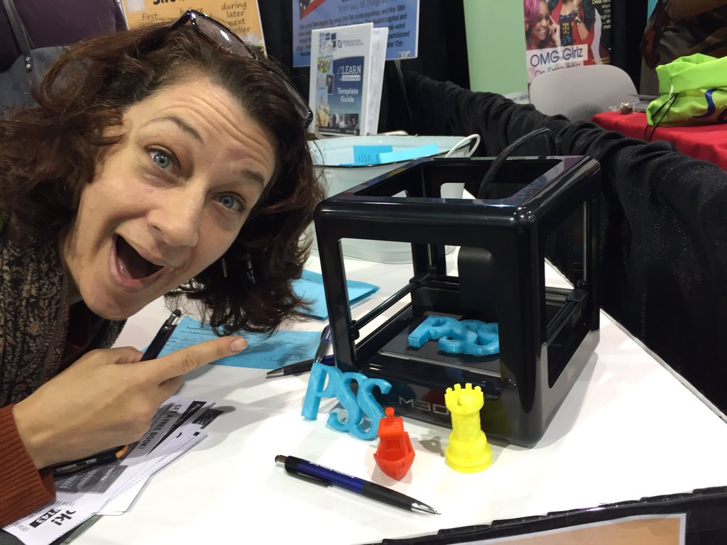 Hey @techmonstah Isn't this the cutest Micro3D printer evah⁉️ @ldelia #aasl15 https://t.co/2uQde3M41c