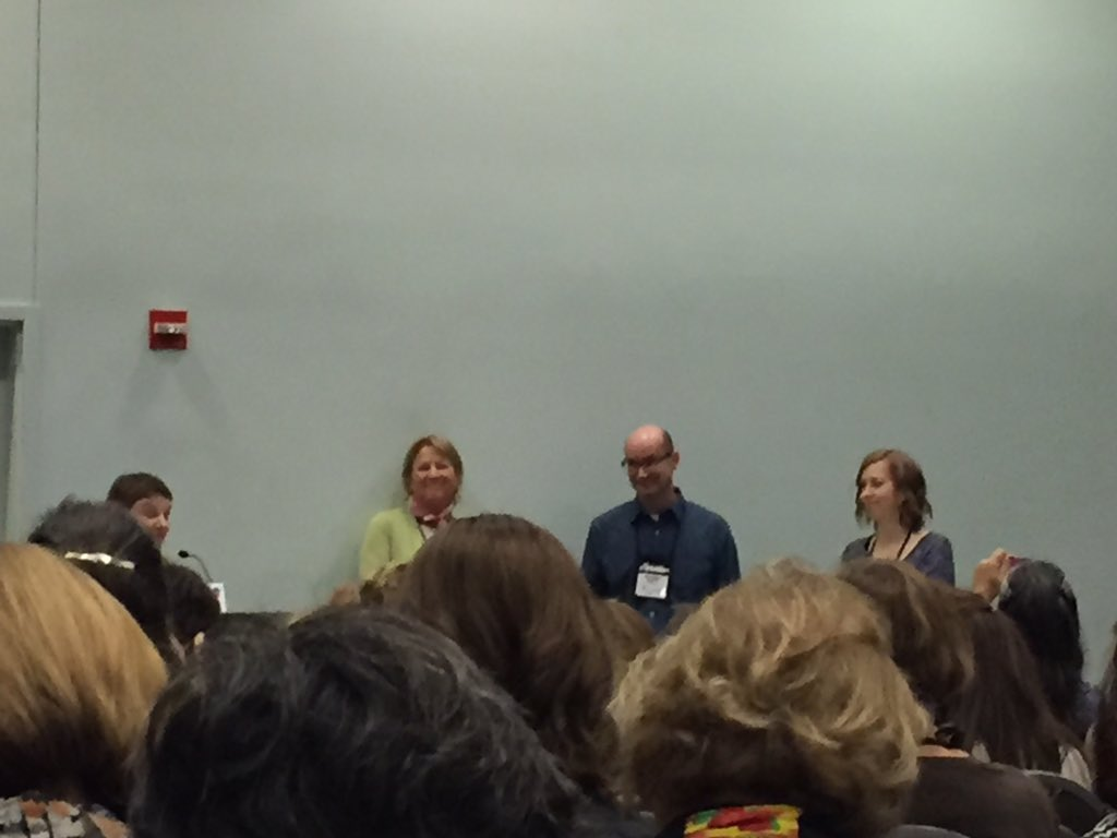 Packed house to hear from awesome authors who write for transitional chapter books for beginning readers #aasl15 https://t.co/6p1pEe6y3y