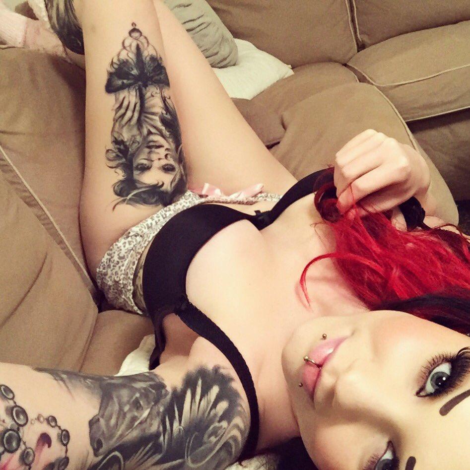 Starfucked  - 🙃🖐🏼 twitter @StarfuckedModel lazyfriday,redhair,inked,girlswithtattoos,tattooed