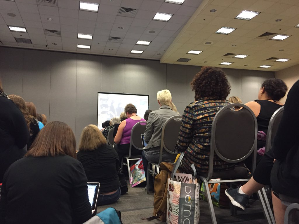 Really FULL house for @DianaLRendina 's #makerspace session. She's giving us some great practical tips. #aasl15 https://t.co/FH4kNJuQ2a