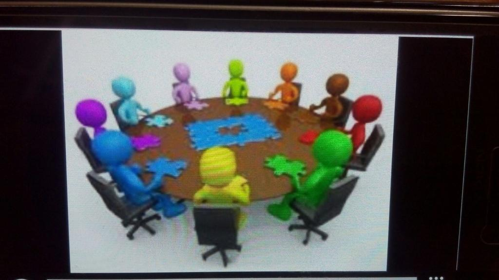 Juntos construimos nos cuenta con esta imagen el grupo f del #SGLab en @colsangregorio https://t.co/2H6eUNyisu