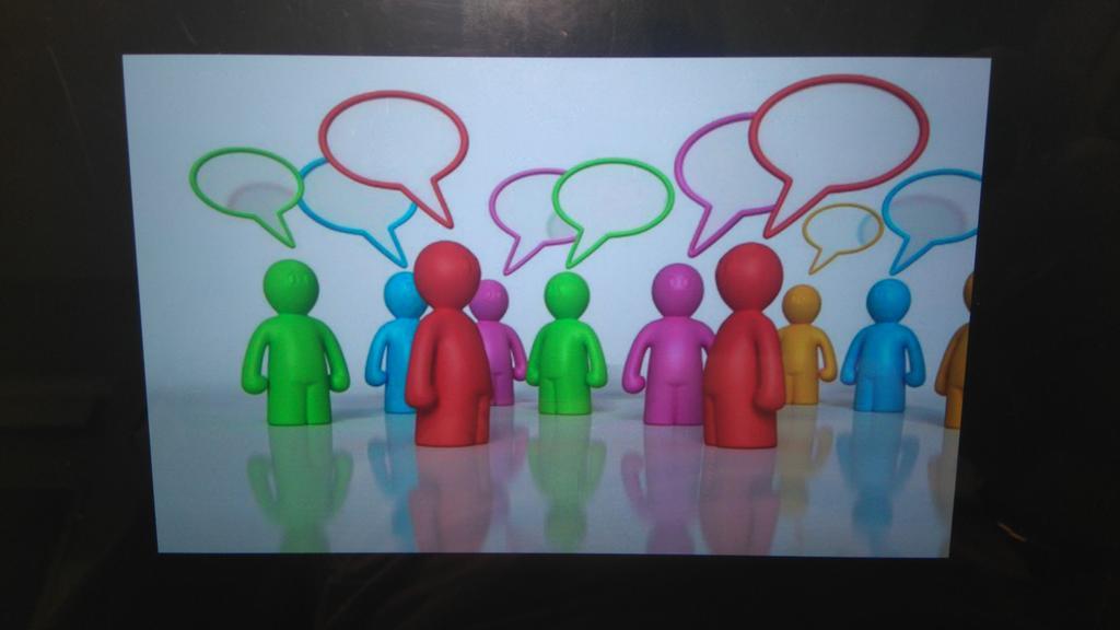 """""""Buscar tiempos y espacios para la coordinación entre el profesorado"""" (Grupo A) #SGLab https://t.co/epnhGfsaE1"""
