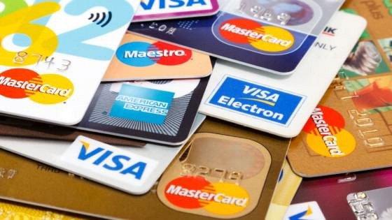 Truffa acquisto di biglietti aerei con l'uso illegale di carte di credito
