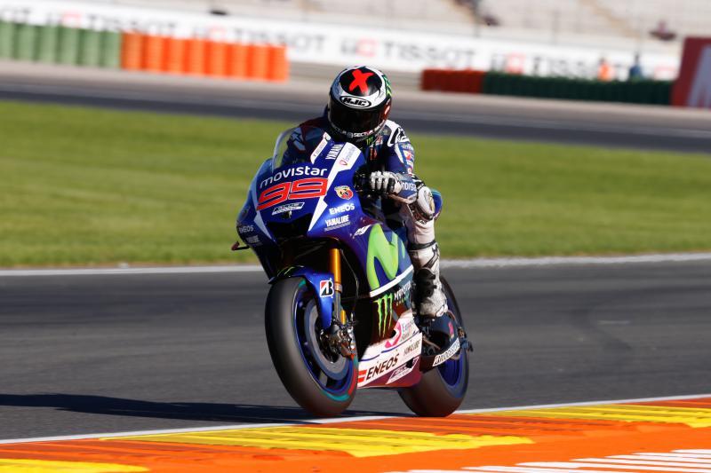 Jorge Lorenzo parte in pole position a Valencia, lanciatissimo verso il titolo.