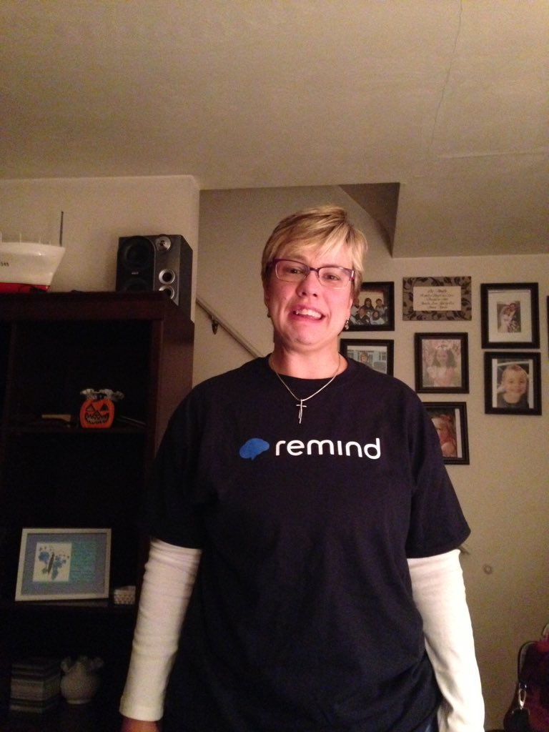 On my way to #edcampPGH in my @RemindHQ t-shirt. https://t.co/a7ux9epY2p