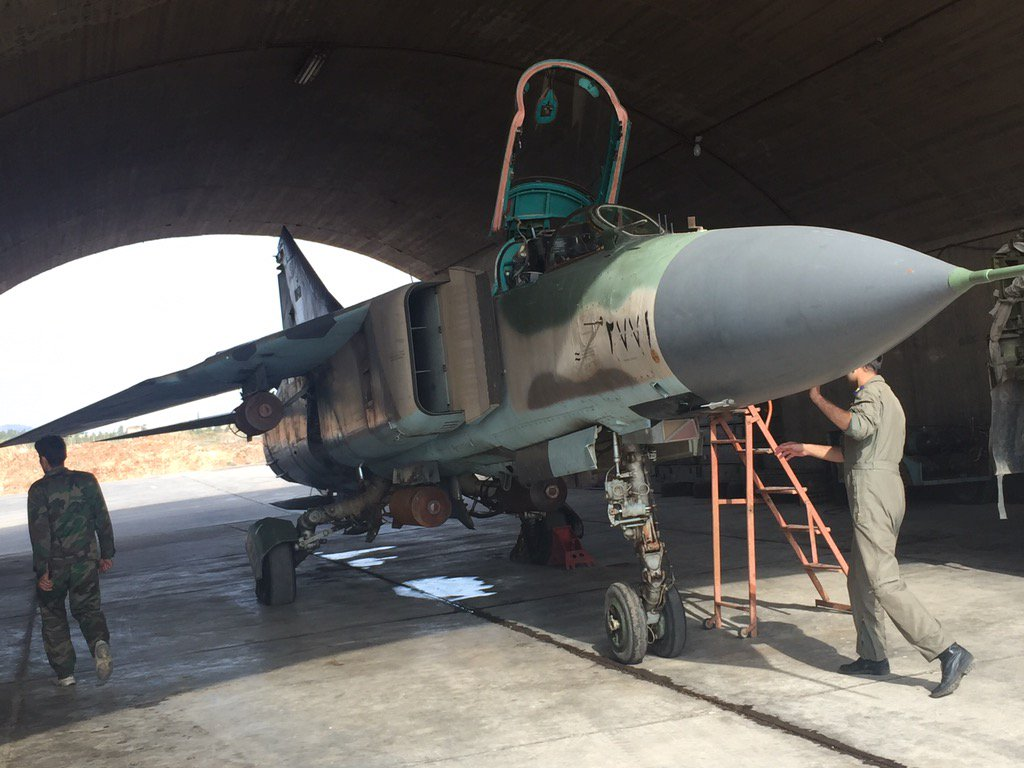 القوات الجويه السوريه .....دورها في الحرب القائمه  CTNQ_SQXAAAZ2jk