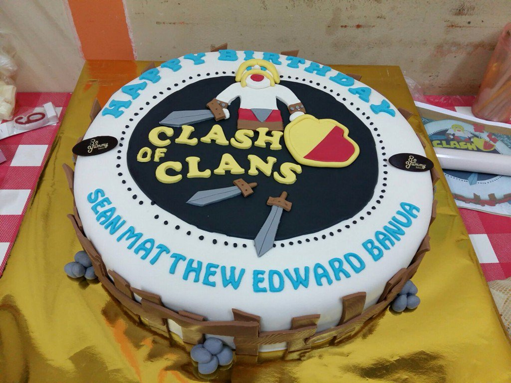 SoYummy Bakery on Twitter Clash of clans cake at so yummy bakery
