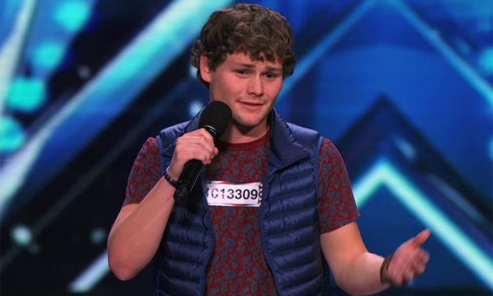 His story moved us and his jokes cracked us up on @nbcagt!  @TheDrewLynch is here Dec 13th: https://t.co/XS6mRld98M https://t.co/jPdHmzF1tb