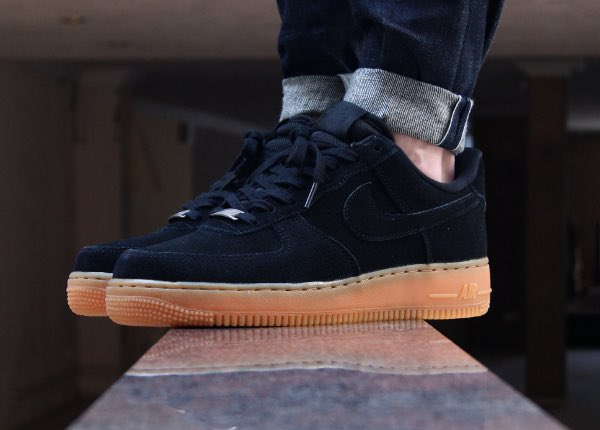 Nike Air Force Suede Low