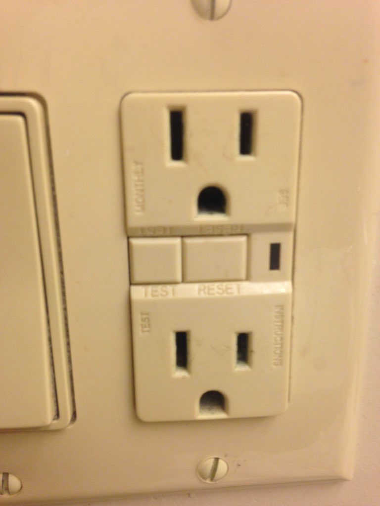 I love how the plug sockets here always look mortified. What happened little buddies? What did you see? https://t.co/NVF2KMIvVw