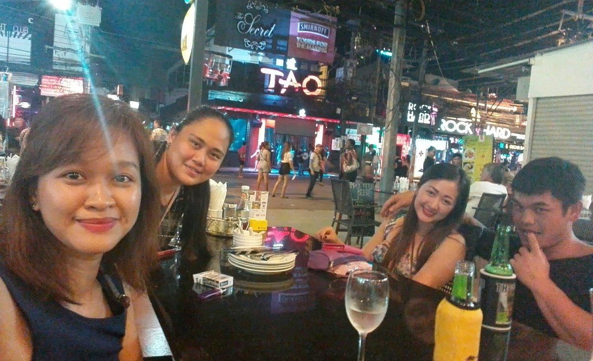 lesbi-bar-phuket