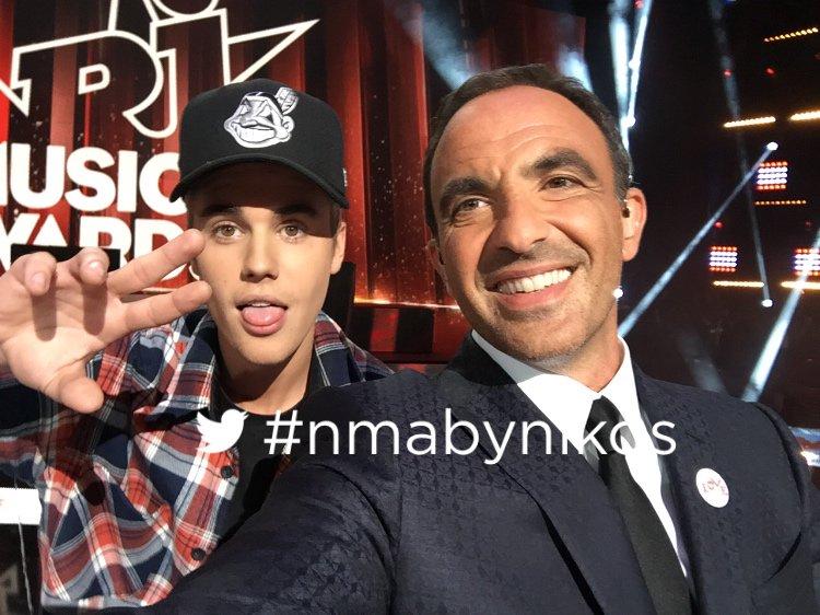 #nmabynikos thank u @justinbieber merci et bravo #nma @tf1 https://t.co/zvELAF4tyk