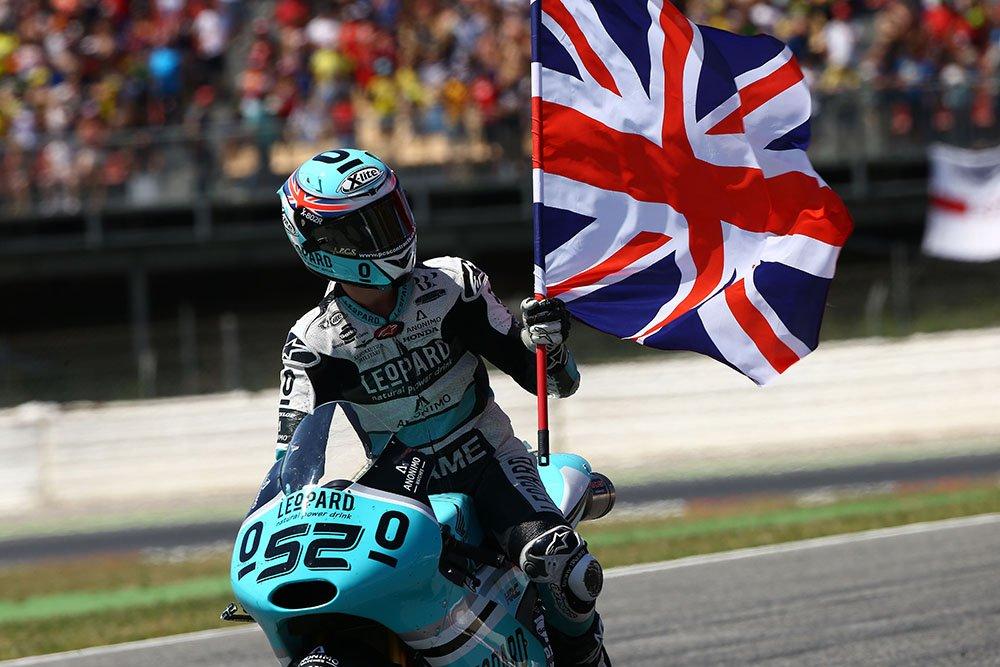 DANNY KENT IS THE MOTO3 WORLD CHAMPION!!! https://t.co/Jz7n8u6xAM