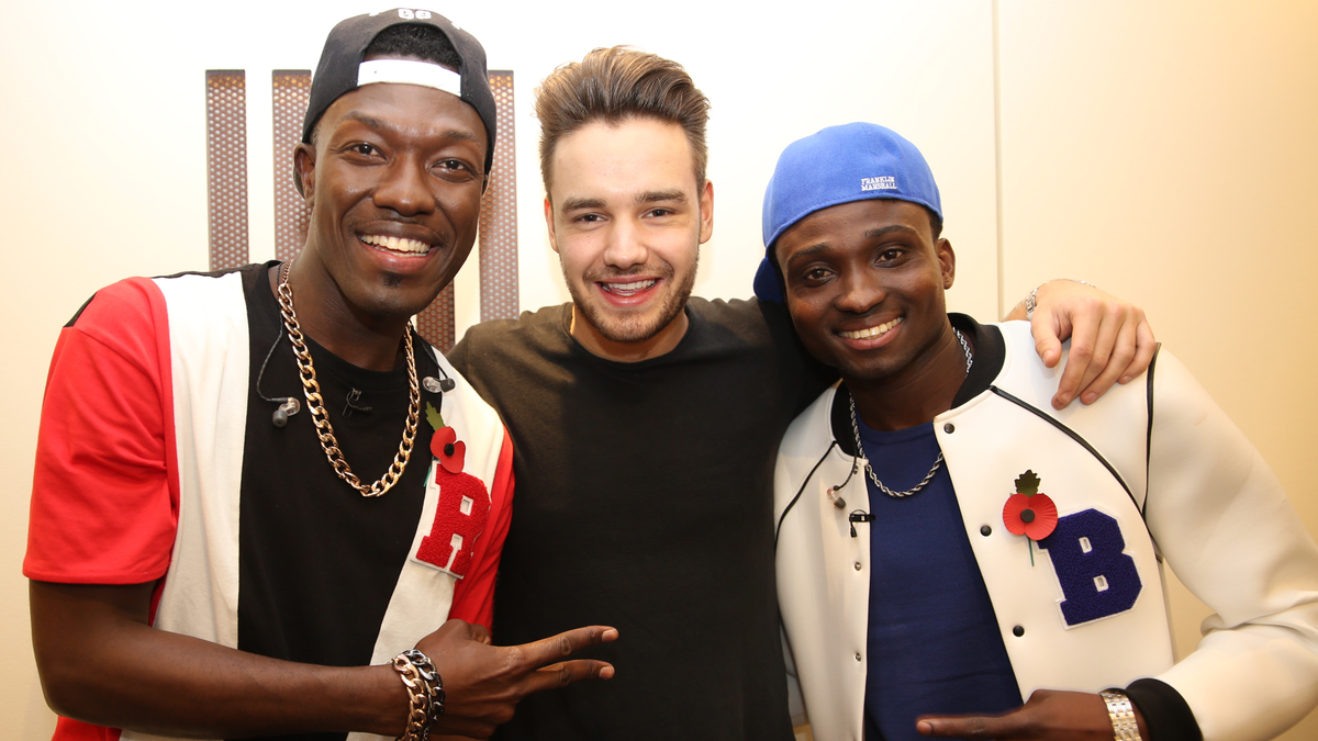 So... @onedirection's Liam joined us on The X Factor last night! Catch up now #1dfans https://t.co/kx5VKaPuK5 https://t.co/LPCPorMoat