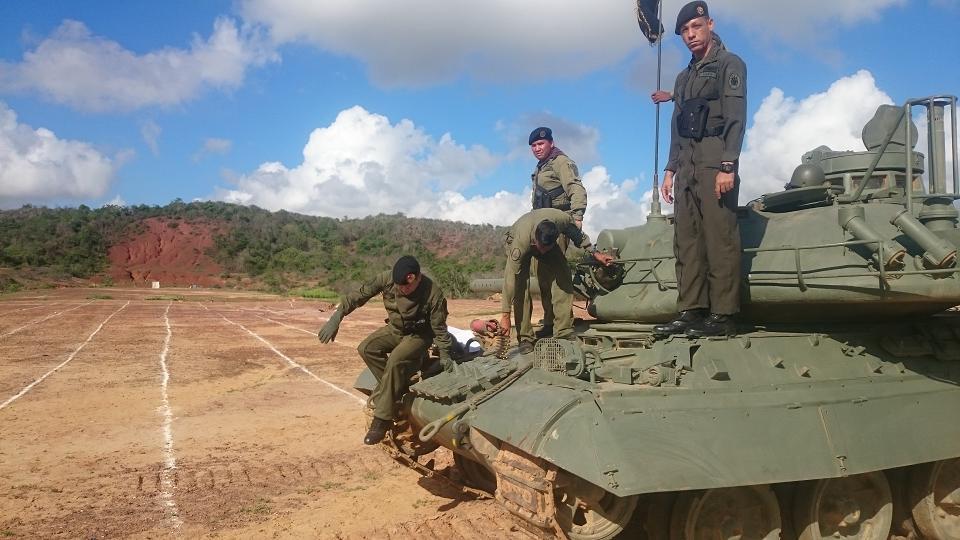 Repotenciación de los AMX-30V - Página 40 CTTCKIwWUAAuqLs