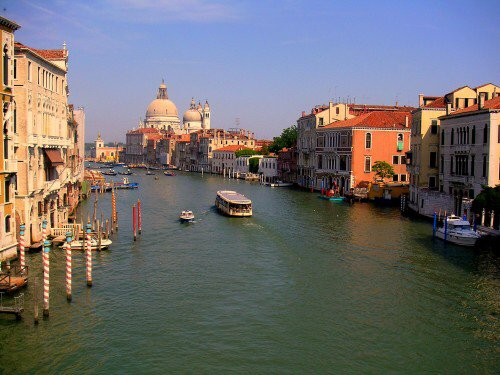 What to do for Free (or Cheap) in #Venice https://t.co/xoEAuRcrzk https://t.co/Y46JY7cyZw