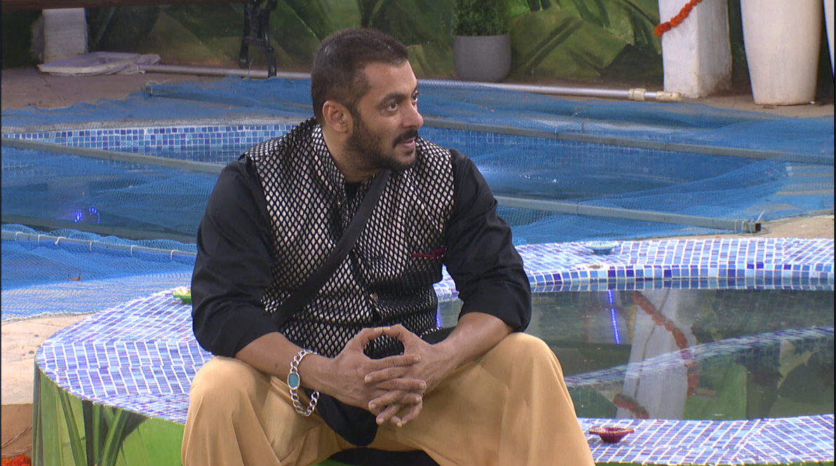 Bigg Boss 9: Salman Khan Makes Jalebis In The House!