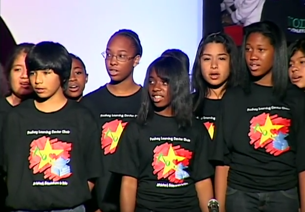 Throwback from our California #Mentoring Partnership showcasing a #youth choral performance! #MENTOR25Years https://t.co/WXz0pvBK3d