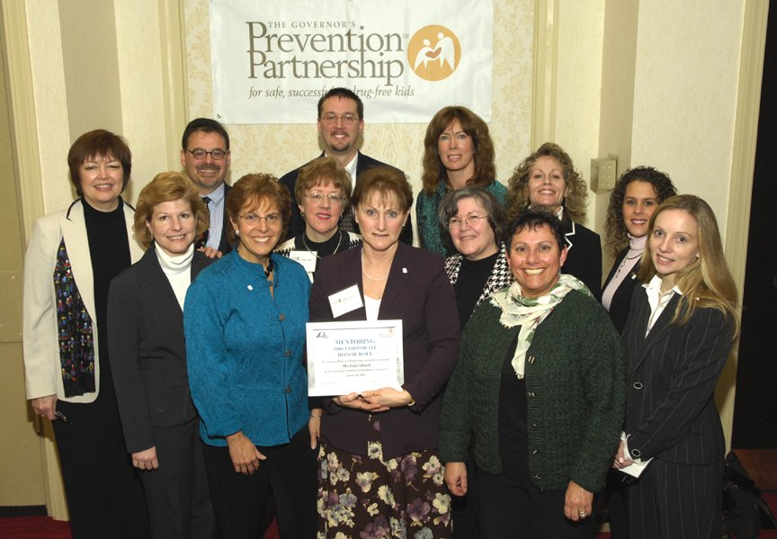 Remember when? Our Connecticut #Mentoring Partnership @preventionnews sent this great group photo! #MENTOR25Years! https://t.co/uVFspSClMm
