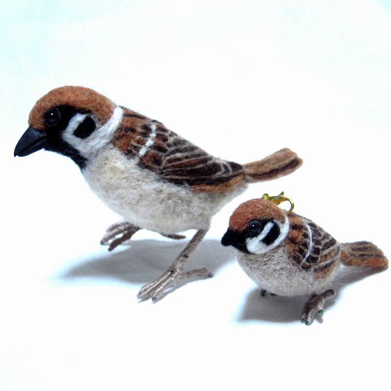 @designfesta  【出展名】たぬき倶楽部 【出展日】両日 【ブースNo】B-184・185 羊毛フェルトですずめを中心に野鳥のストラップやマスコットを作っています。是非遊びに来てください! #デザフェスRT祭