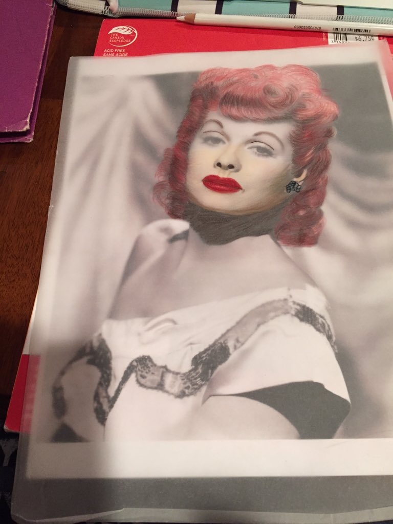 Lucille Ball is coming to life #mymakeupdream #overlays #imamakeupartist #40shairstyles pic.twitter.com/AEAoFt8P2V