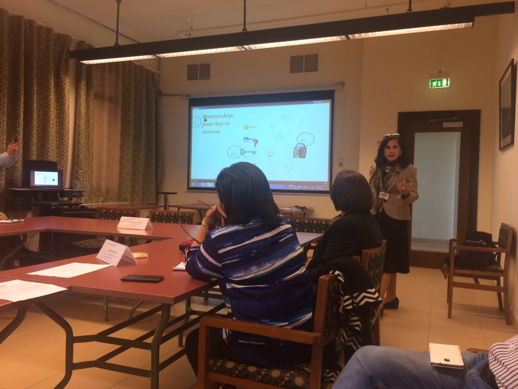 Malak Zaalouk from the Graduate School of Education is talking about improving the professional development in #AUC https://t.co/cSR2IaB8bY