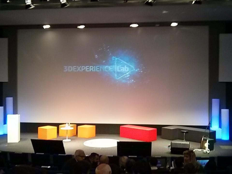 Inauguration du #3DEXPERIENCELab de Dassault #incubator https://t.co/PPA2pv87mu