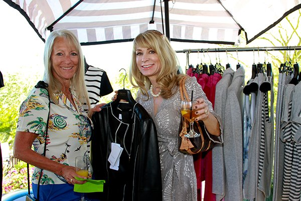 0282d7317f7c #BIGHORN Ladies at the ultimate Trunk Show with #TheShopsonElPaseo in a  gorgeous custom home! pic.twitter.com/vblnqJOvPA
