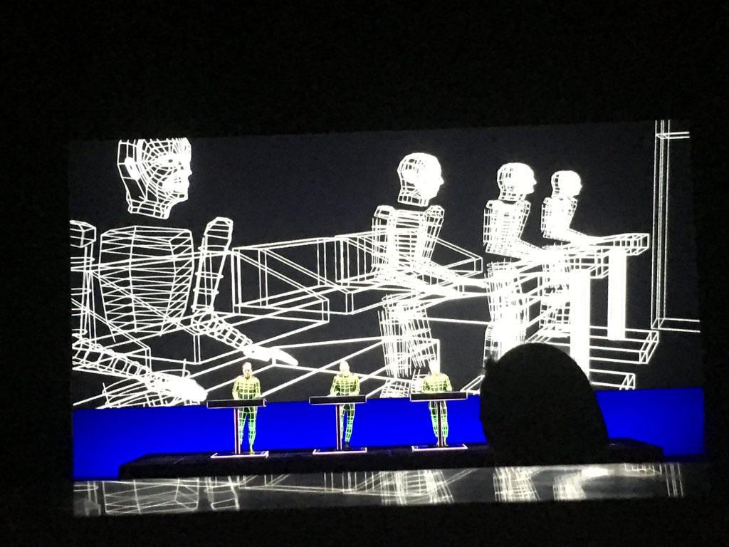 la soir e exceptionnelle de jean marc ayrault devant un concert electro lib ration. Black Bedroom Furniture Sets. Home Design Ideas