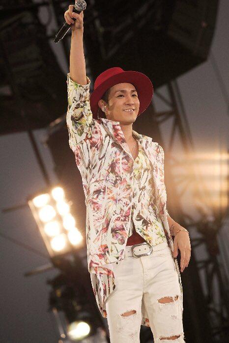 赤い帽子をかぶった浦田直也