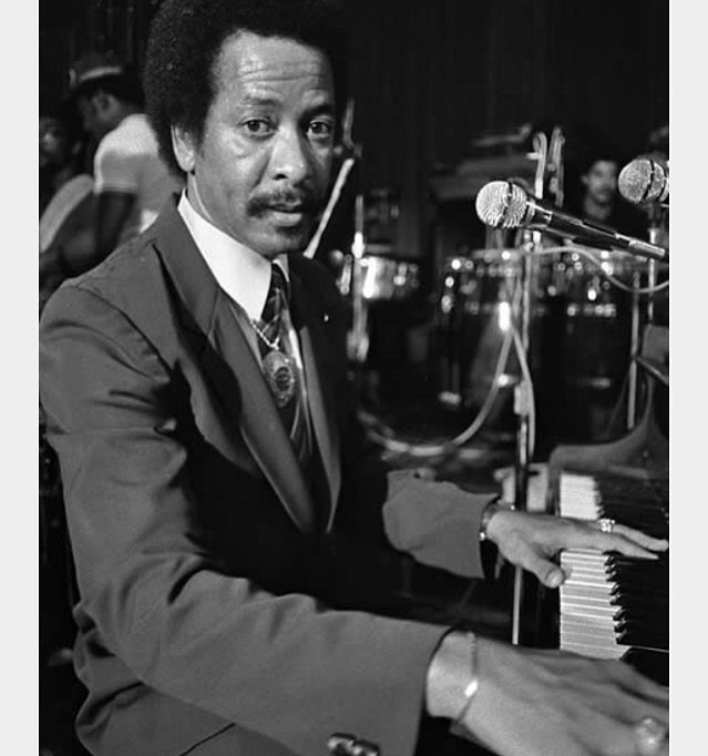 RIP Allen Toussaint.  Sad day for New Orleans music. We were fortunate enough to per.... https://t.co/j7FtBKlySd https://t.co/6VpPt413TJ
