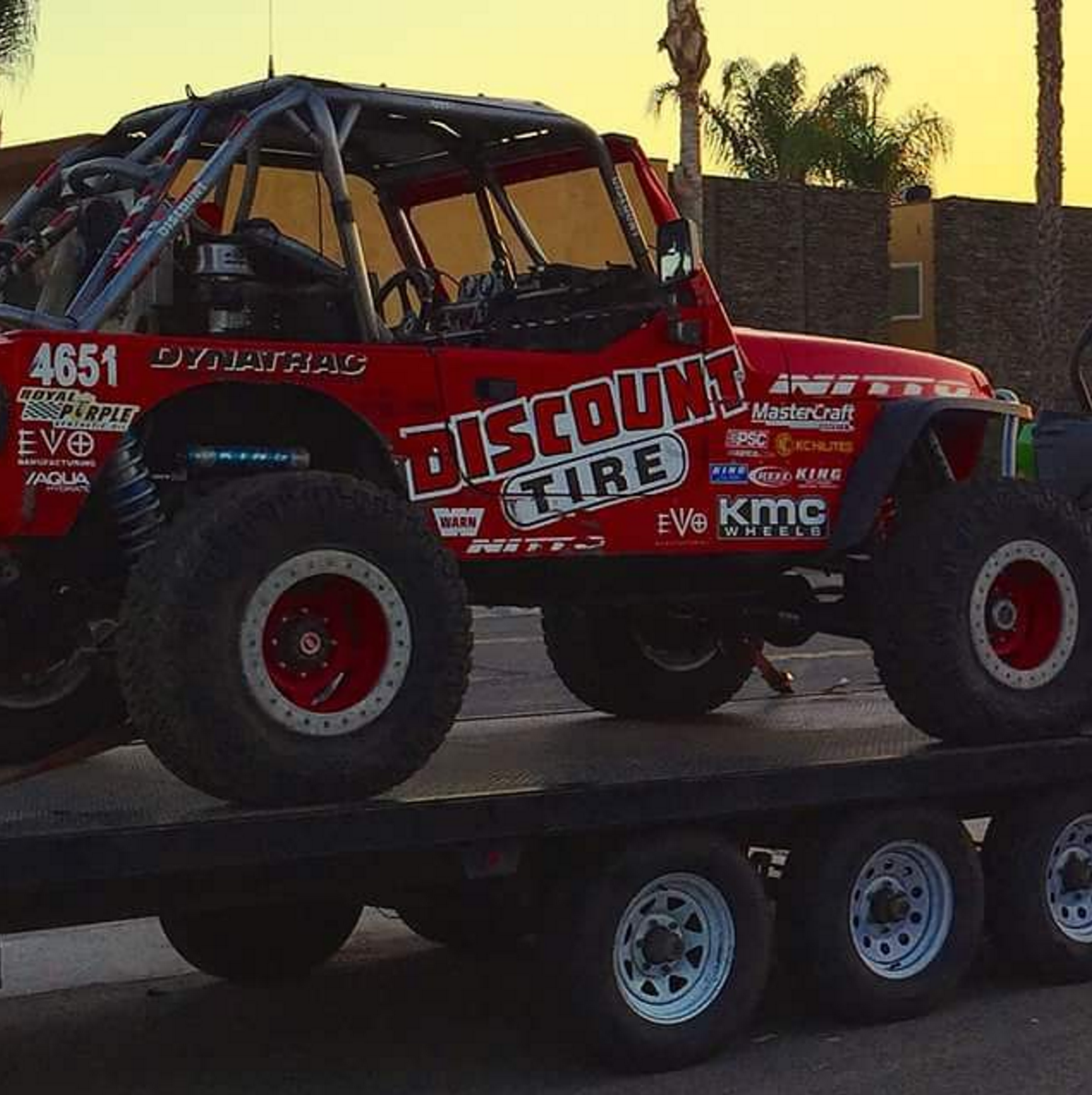 #Help This TJ was stolen in SoCal along with a 2014 Kawasaki Teryx and the 30ft Aztec deck trailer #SHARE https://t.co/olsy7XmTfK